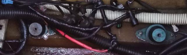 skuter wodny Kawasaki Ultra 250X 2007r części poduszki silnika 4 szt