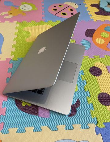 Продам Macbook Pro retina 4х ядерный i7 15.4