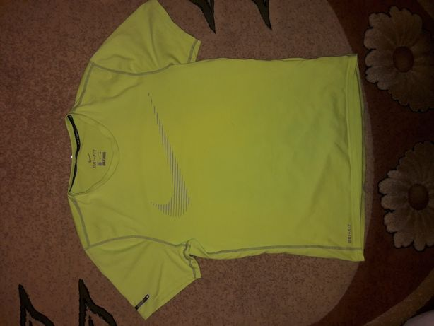 Nike męski t-shirt sportowy r. M