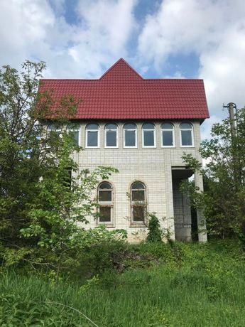 Продам Дом в Барышевский р-н Селище. Участок 13 соток