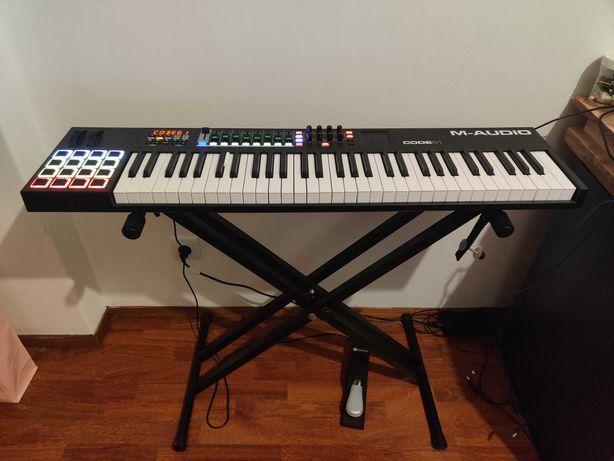 M-AUDIO CODE 61 (midi keyboard)