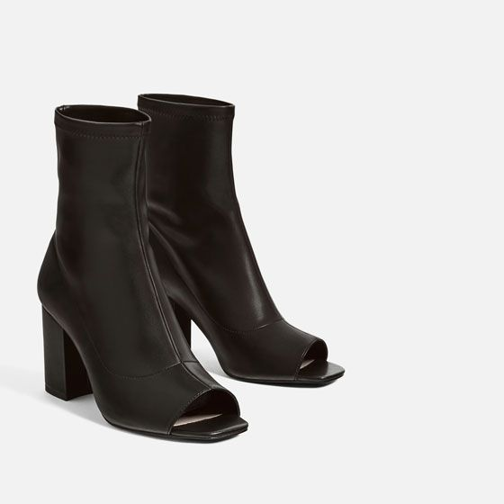 Botas / Botins abertos pretos da Zara (Trafaluc) T: 36 Novos Sintra - imagem 1
