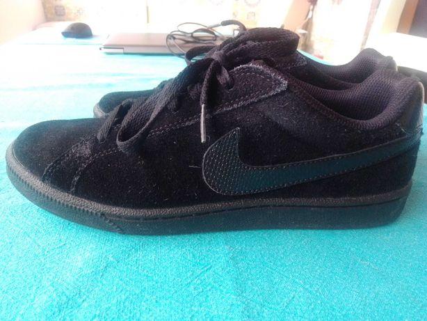 Tênis Nike novos