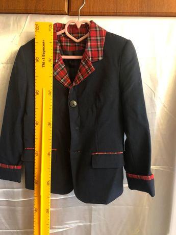 школьный пиджак на девочку новый