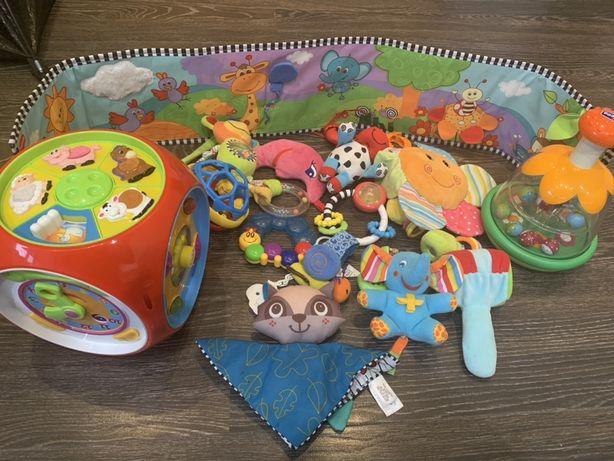 Мультикуб Kiddieland + Юла chicco и много игрушек для малышей