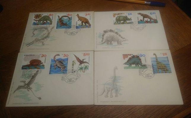 Znaczki pocztowe - zwierzęta prehistoryczne.