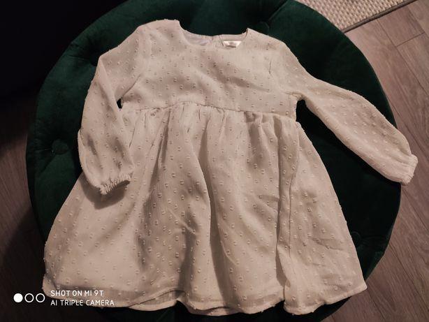 Biała sukienka długi rękaw 80