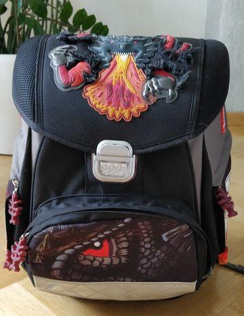 Рюкзак, ранец школьный - состоние нового