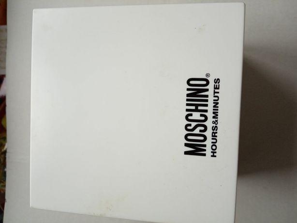 Коробка из под часов MOSCHINO