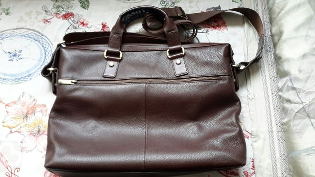 Продаю мужскую кожаную сумку производства Италии