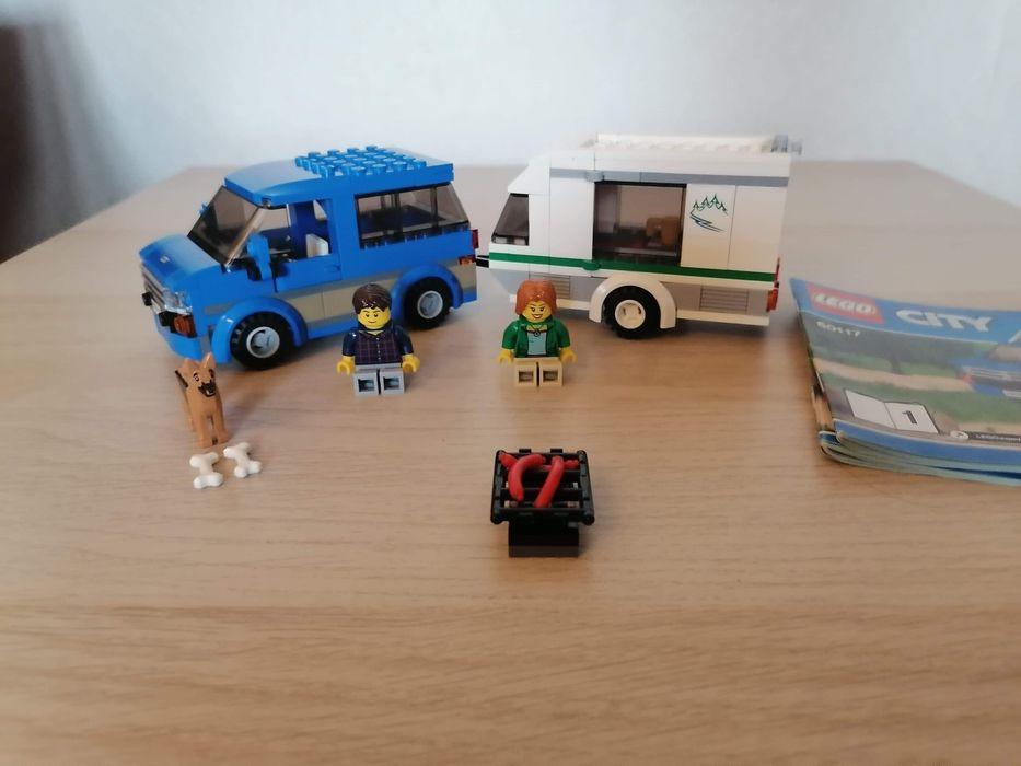 Przyczepa kempingowa LEGO CiTY 60117 Warszawa - image 1