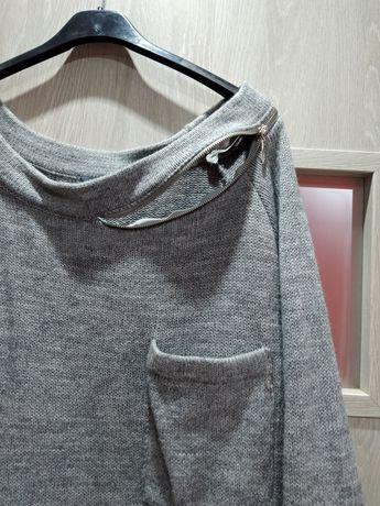 Swetr szary z zamkami i kieszonką