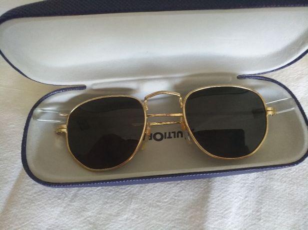 óculos de sol tipo ray ban ( 2 pares)