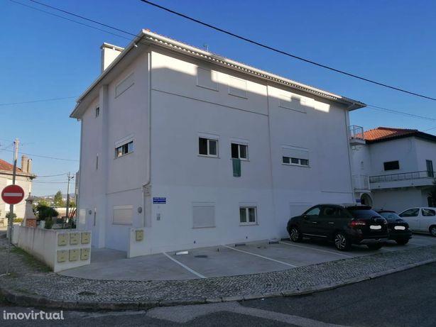Para Investidores, apartamentos T2 como novos e arrendados em Alcobaça