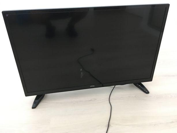 """Smart TV 32"""" ecran partido"""