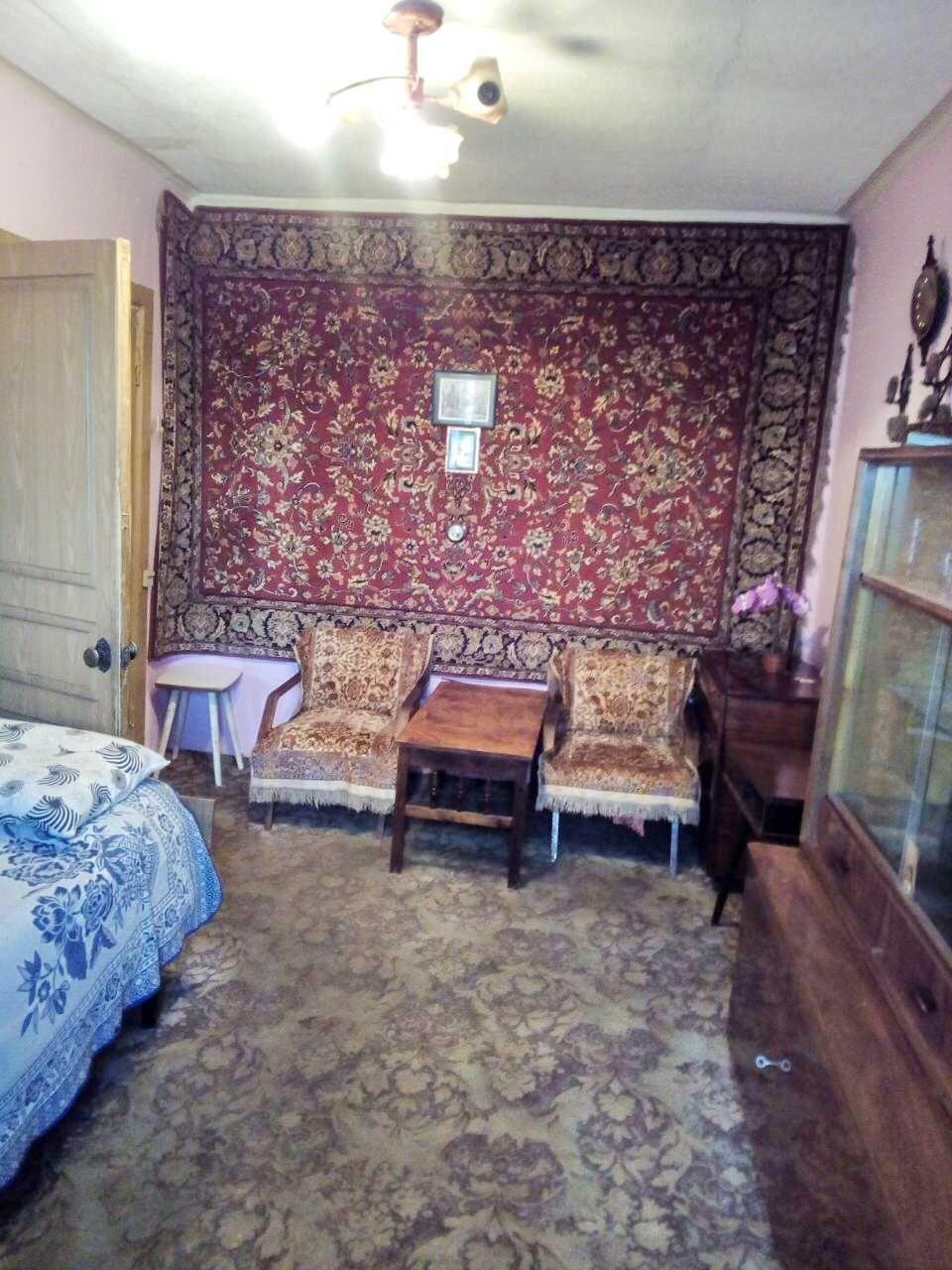 3 комнатная кв. Алексеева (магазин Золотой ключик)