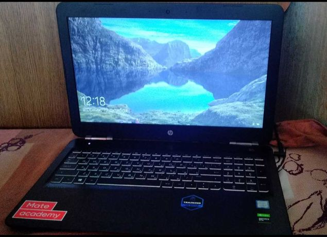 HP Pavilion Gaming | i5-9300H | GTX 1050 | 1 TB HDD + 240 GB SSD