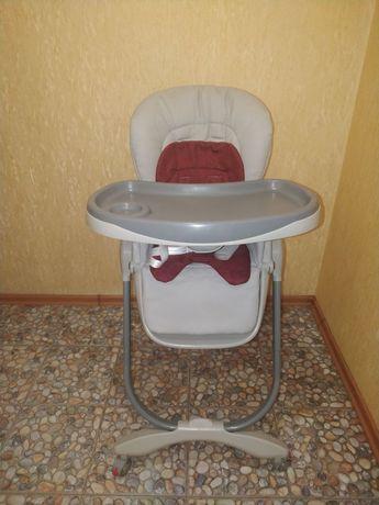 Срочно продам детский стульчик б/у.