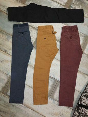 Spodnie chłopięce 134/140 firmy next cool Club