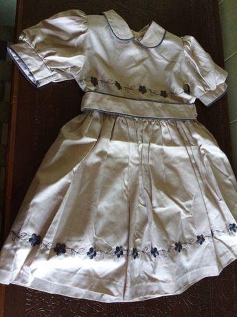 Vendo Vestido Criança Made in Portugal