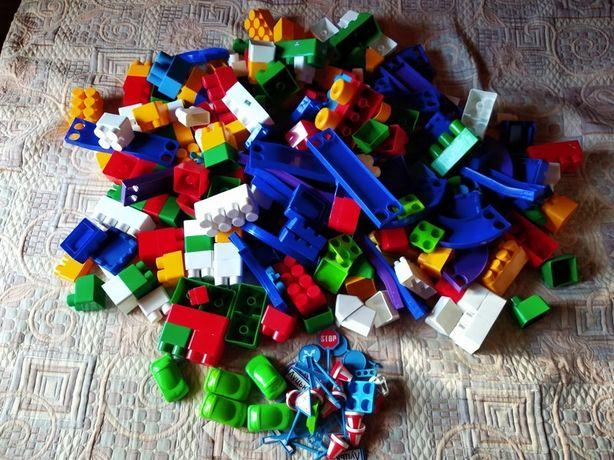 Продам мешок детского конструктора
