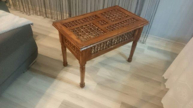 stolik kawowy pelne drewno ( brak szyby)