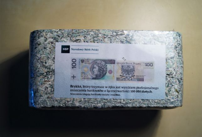 Brykiet 100 tys. zł