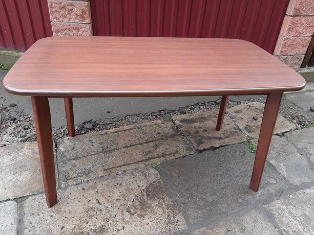 Стіл, стол