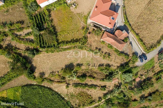 Quinta em Outeiro Santa Cruz do Douro