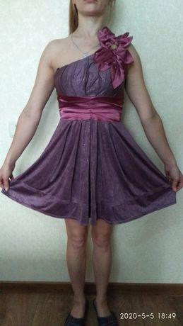 Женское Нарядное вечернее  платье недорого
