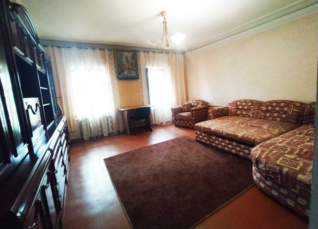 Сдам дом в Одессе на Слободке, 4 комнаты, участок, место для 2 машин.
