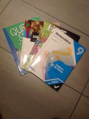 """Livro de Moral 9°ano (""""Quero ser!"""") + C.A de matemática, inglês e pt"""