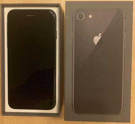 Iphone 8 64 GB space grey (komplet)