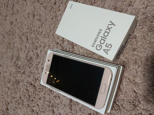 Продам телефон Samsung A5 2017 рожевий