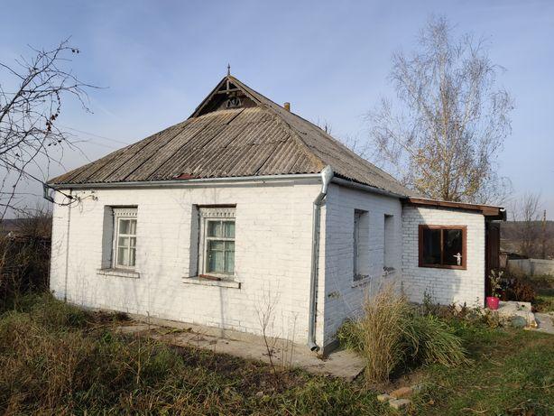 Дом в селе Остров