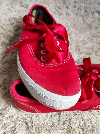 Sapatilhas vermelhas Le Petit Marcel
