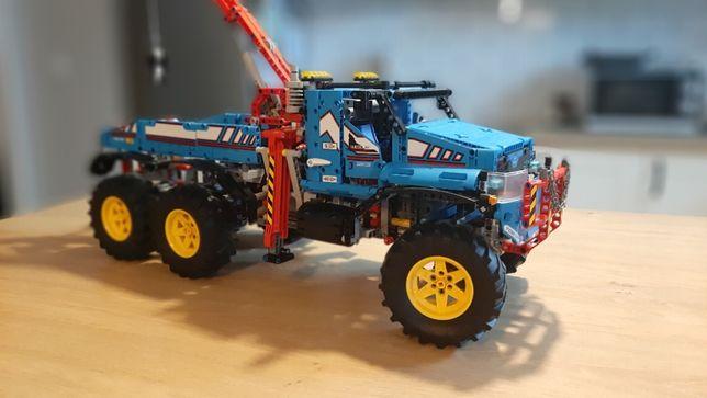 LEGO 42070 Technic - Terenowy holownik 6x6 jak NOWY / klocki