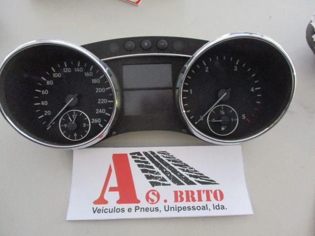 Quadrante Mercedes R320