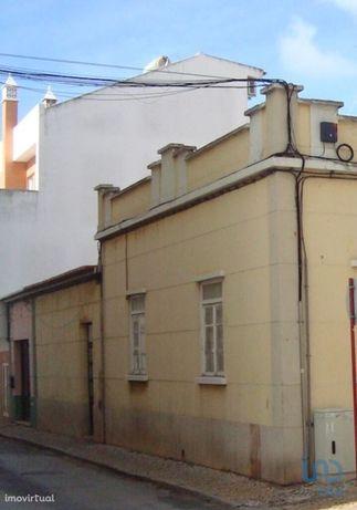 Moradia - 90 m² - T2