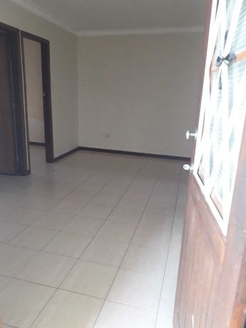Alugo casa t1 (3quartos) 1° andar - carvalhos