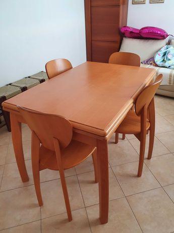 Mesa cozinha em madeira cerejeira extensível