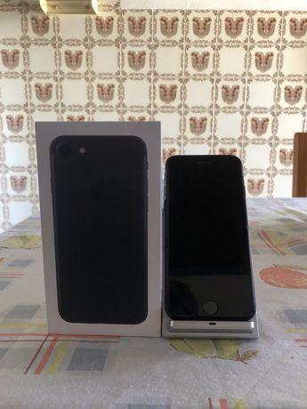Iphone 7 32GB preto( Como Novo )+ dock