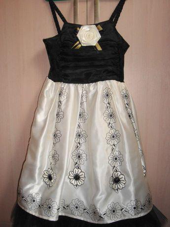 Нарядное платье Дисней Disney 5-7 лет