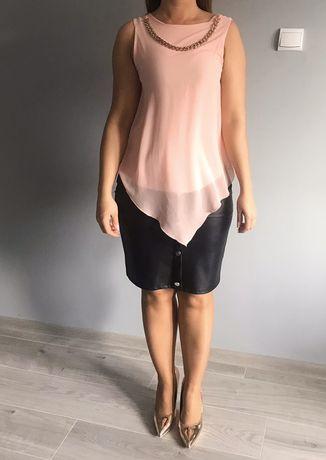 Szyfonowa różowa bluzeczka bez rękawków złoty dodatek na szyi