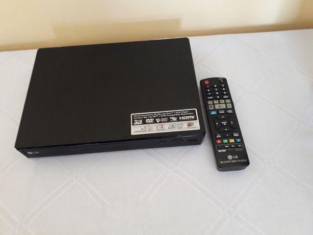 LG BP450 - odtwarzacz Blu-ray / DVD do kina domowego