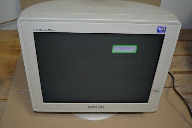 Продам монитор рабочий Samsung