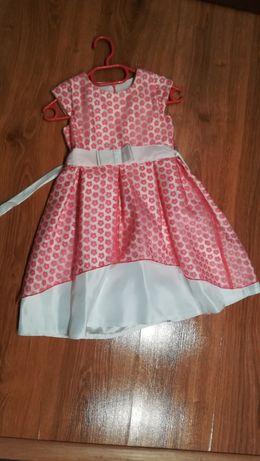 Piekna sukienka okolicznościowa dla dziewczynki