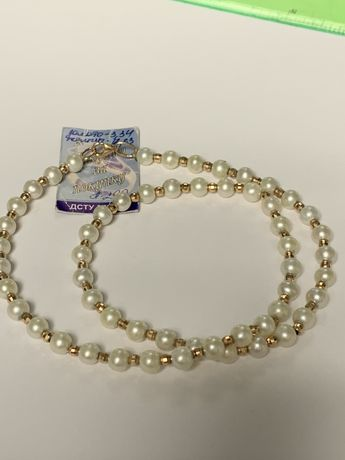 Ожерелье с жемчугом с золотыми вставками