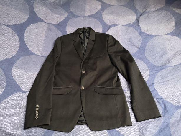Garnitur Fashion Man 176/88, gratis Krawat szt 2 oraz koszula