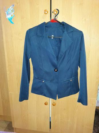Пиджак школьный для девочки р .146 см